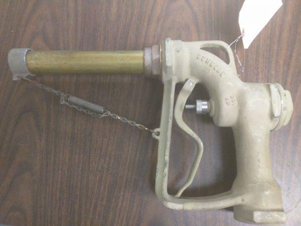 """Morrison 231 AP Aluminum Fuel Oil Nozzle 1.5"""" (inlet) w/8.25"""" Spout"""